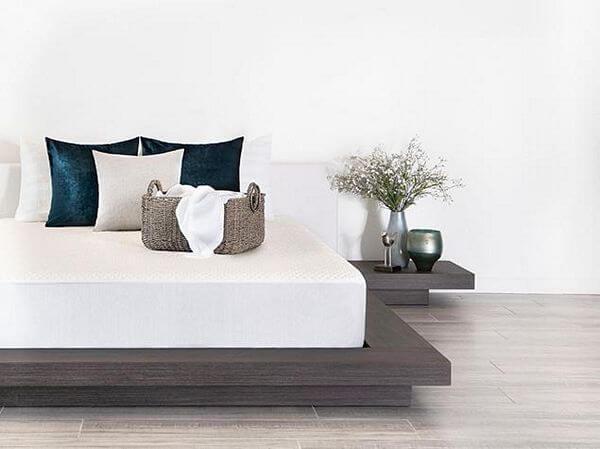 Brooklyn-Bedding-Luxury-Cooling-Mattress-Protector