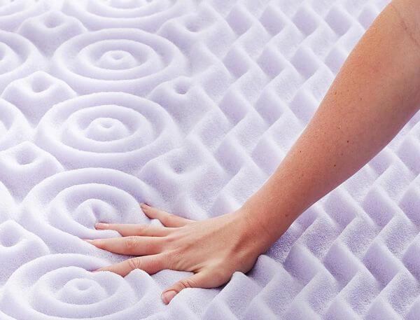 Lavender-Memory-Foam-Mattress-Topper