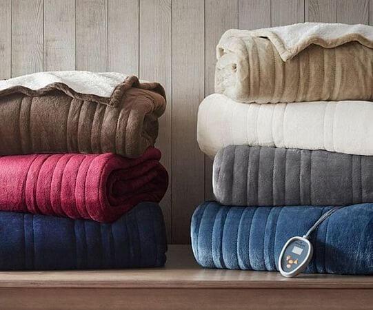 Woolrich-Plush-to-Berber-Heated-Blanket