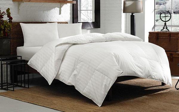 Eddie-Bauer-600-Fill-Power-White-Down-Medium-Warmth-Comforter