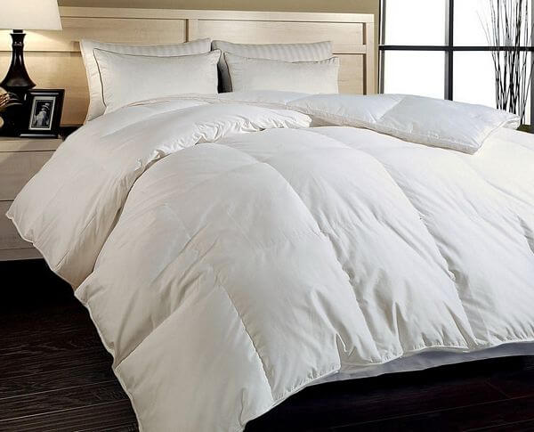 Hotel-Grand-Naples-700-Thread-Count-Hungarian-White-Goose-Down-Comforter