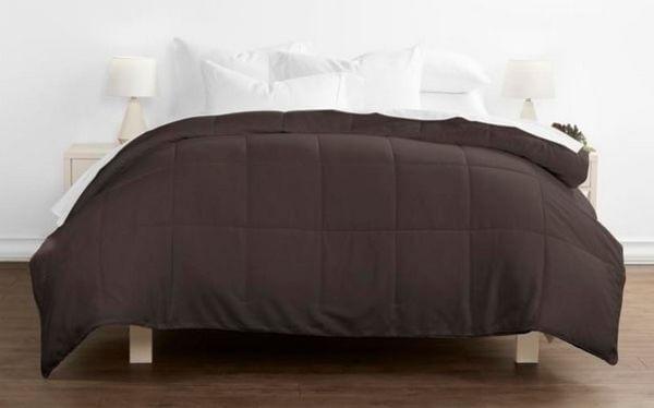 Soft-Essentials-Premium-Ultra-Soft-Down-Alternative-Comforter