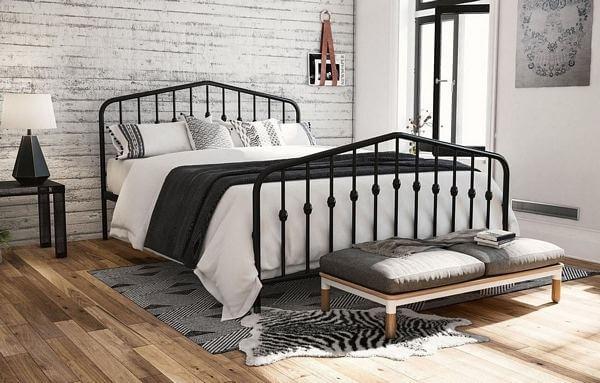 The-Gray-Barn-Latigo-Metal-Platform-Bed