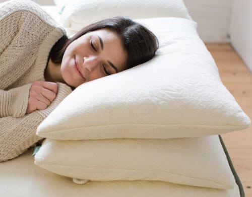 Avocado-Green-Pillow