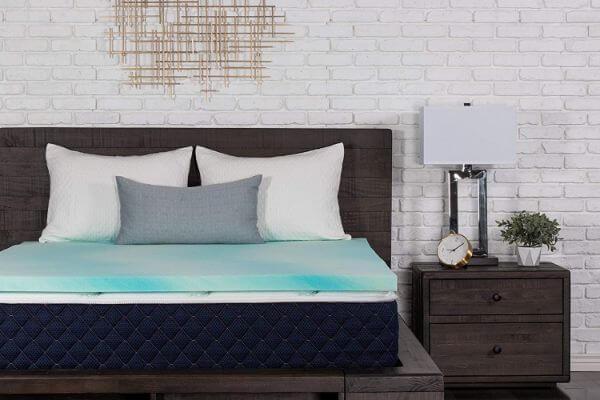 Dreamfoam mattress topper