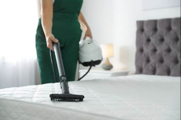 how to clean dirty mattress