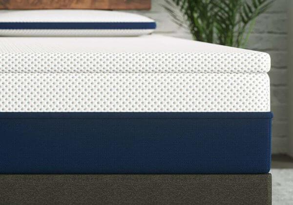 Lift-Amerisleep-mattress-topper