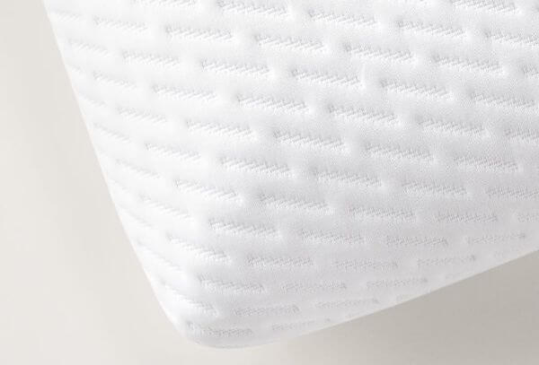 foam-pillow-with-holes