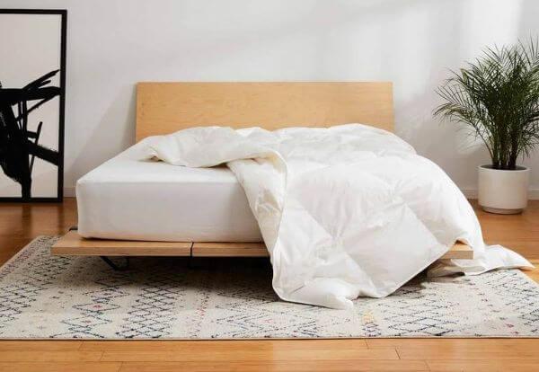 Lightweight-comforter