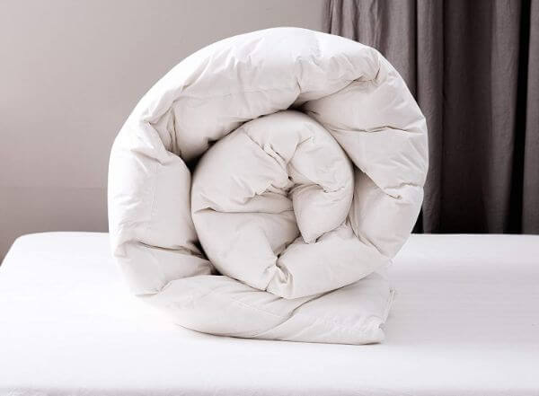 fluffy-down-comforter